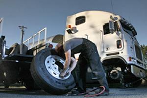 Truck Service Mechanics In Arndell Park